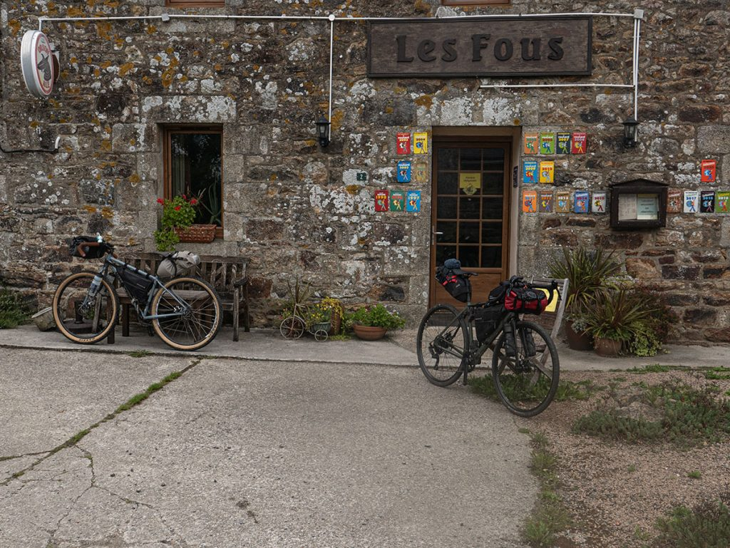 Tournée des bars, gravel, Bretagne, bikepacking